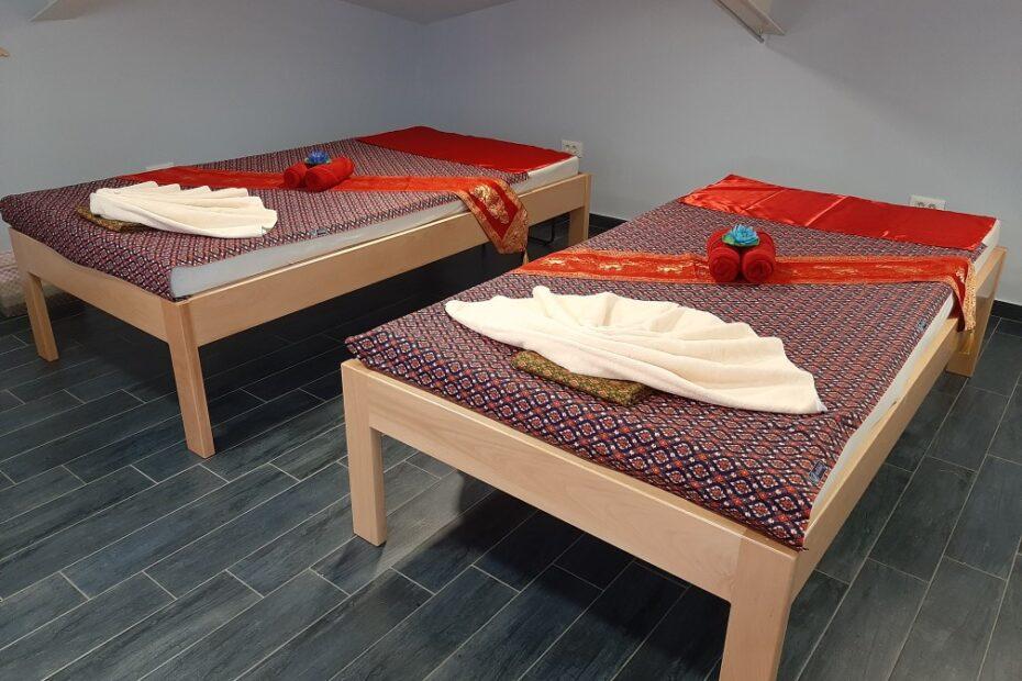 Thai Touch massage Opatija beds